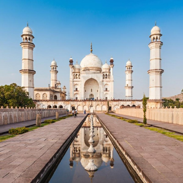 Delicate India Tour 8N/9D