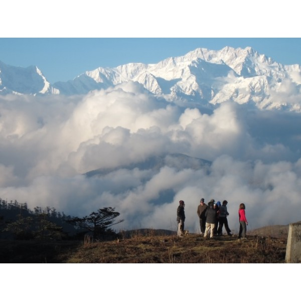 Singalila Ridge and Goecha La Trek 22N/23D