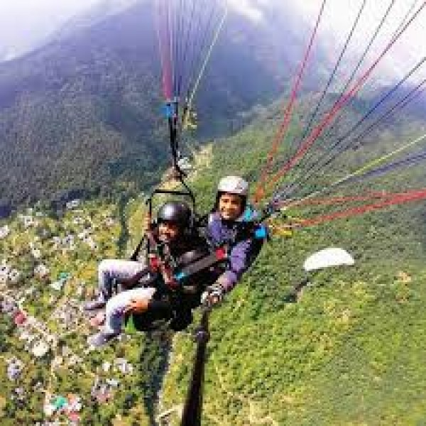 Paragliding in Bir-billing from Delhi 3N/4D