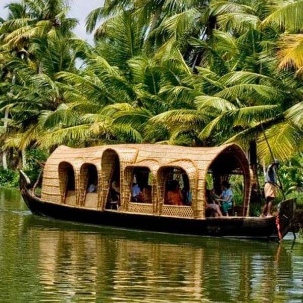 Kerala Wildlife with Houseboats 4N/5D